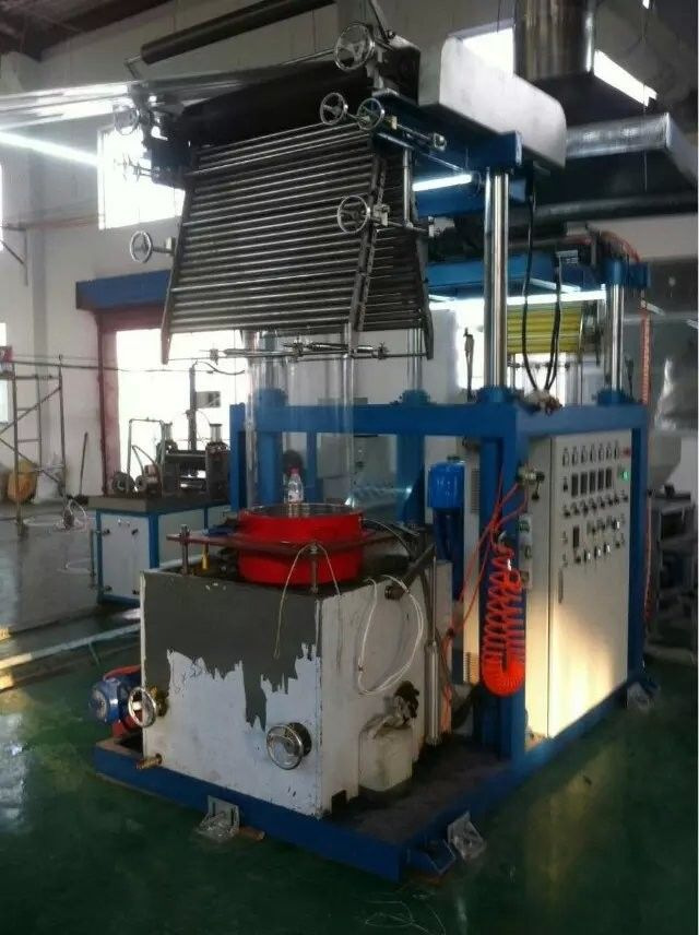 PVC Film 0.025 - 0.07mm Thickness Blown Film Extrusion Machine With Pillar Under Electric Lift