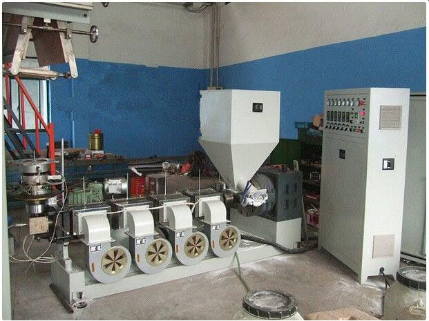 Rotate 360 Degrees pvc Extrusion Blown Film Machine , Multi Layer Pvc Film Machine